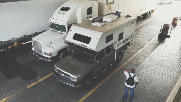 Trámites para sacar tu carro de Panamá a Costa Rica, papeleo, papeles, frontera