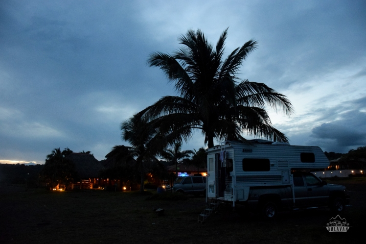 Ohlavan, Playa Venao, beach, palm tree, palmera, camper truck, sunset