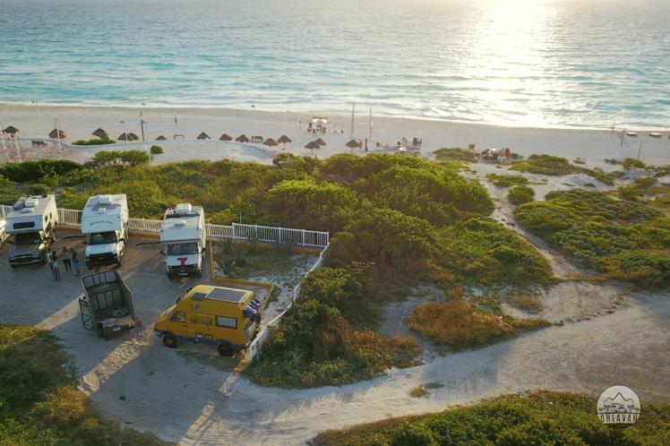 Ohlavan, truck camper, Central America, Centroamérica, trip, viaje, roadtrip, Cancún, Playa Delfines, México, Yucatán, iOverlander, beach, playa