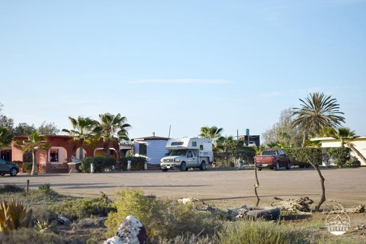 Ohlavan, truckcamper, overland, Central America, Panamericana, México, Baja California, San Quintín, roadtrip, adventure, Basque, Haitian
